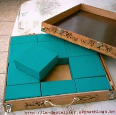 Making a block pillow DIY I like the idea of a carrying case with a lid that allows for th height of the pins.: