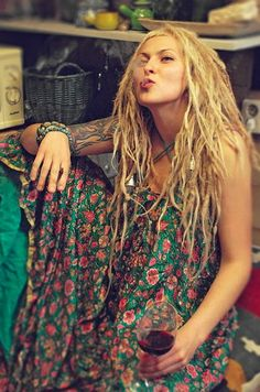 wish i had these...the dreads, not the 'whatever it is she's smoking'