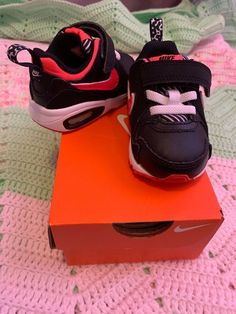 19 Best Baby Shoes images Babysko, sko, baby  Baby shoes, Shoes, Baby