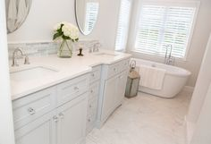 Creating a Tranquil Master Bathroom transitional-bathroom – Kitchen Rugs sink Transitional Dining Tables, Transitional Chandeliers, Transitional Living Rooms, Transitional Kitchen, Transitional Decor, Master Bathroom, Light Bathroom, Bathroom Spa, Bathroom Ideas