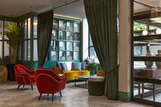 The Green Hotel at St. Stephens Green is Dublin's most central hotel. Book direct with us now and get a free gift with every room! Merrion Hotel Dublin, Dublin Hotels, Four Rooms, Timber Panelling, Terrazzo Flooring, Best Hotel Deals, Commercial Design, Contemporary Design, Interior Design