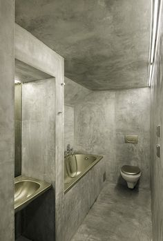 Plaster/ stucco bathroom  Villa Hermína, Černín, 2000
