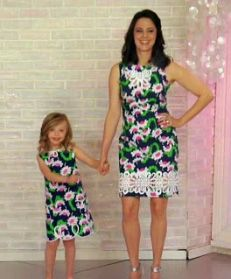Mother-daughter outfits http://yhoo.it/KNcGiw  My Mom & I used to wear matching dresses!