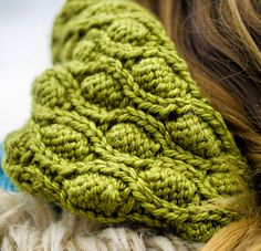 BFF cowl : Knitty Deep Fall 2012 - I think this is two different cowls.