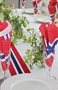 Norge -- Napkins are a big part of the culture, or at least they used to be. Norge -- Napkins are a big part of the culture, or at least they used to be. They made BEAUTIFUL napkins of very fine paper, John Gall, Norway Food, Norway Viking, Constitution Day, Norwegian Food, Visit Norway, Fine Paper, July 4th, Table Settings