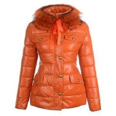 Moncler Womens Jackets specialise in making outdoorwear to the highest possible standard.with fashion design,based on the top quality material,it is an understated style with a soft marled wool outer,padded with the finest goose down,enjoy the coat,enjoy the season.