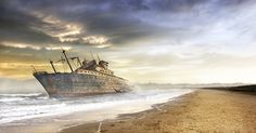 The day of the shipwreck by Daniel Metz, via 500px