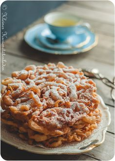Funnel Cakes | Strauben | Tippaleipä Funnel Cakes, No Bake Desserts, Apple Pie, Slow Cooker, Waffles, Good Food, Food And Drink, Sweets, Cookies