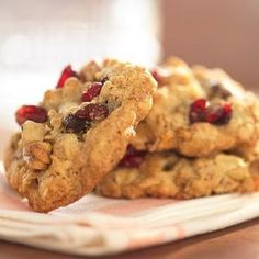 Harvest Cookies with Cranberries and Walnuts (Recipe)