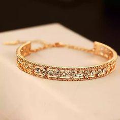 Precious... Necklaces, Bracelets, Jewels, Gold, Bangle Bracelets, Jewelery, Chain, Gem, Bracelet