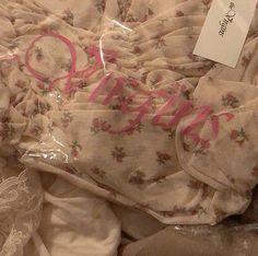 Princess Closet, Angel Aesthetic, Lip Tint, Baby Love, Girly Things, Kawaii, Romantic, Pink Black, Cute