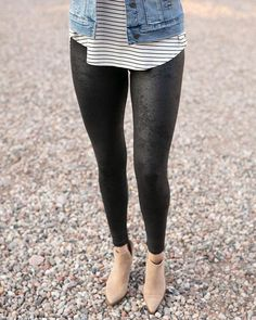 Faux Leather Leggings, Black Leggings, Grace And Lace, Denim And Lace, S Models, Fashion Clothes, Fashion Forward, Thighs, Skinny Jeans