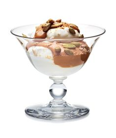 Salted Caramel and Pumpkin Seed Parfait: Layer dulce de leche with whipped cream, crumbled graham crackers, and roasted pumpkin seeds for a decadent dessert in minutes.