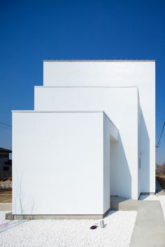 The House reflecting Ripples  / Kichi Architectural Design