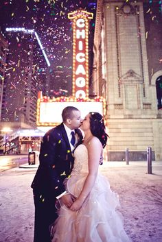 New Year's Eve is such a perfect time for a wedding or engagement! Here are some great tips if you are planning a holiday or NYE proposal. @kortophoto