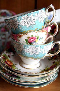 Vintage Tea Cups and Saucers China Tea Cups, Vintage China, Vintage Teacups, My Cup Of Tea, Tea Cup Saucer, Tea Time, Tea Party, Alice, Shabby