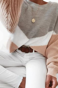 size fall outfits with hats Miastylish Patchwork Round Neck Long Sleeve Sweater Cute Fall Outfits, Casual Winter Outfits, Winter Fashion Outfits, Look Fashion, Autumn Winter Fashion, Trendy Outfits, Look Street Style, Sweater Outfits, Blue Sweater Outfit