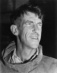 Edmund Hillary. // Tenzing Norgay y Edmund Hillary se hicieron famosos cuando alcanzaron la cima del monte Everest a las 11:30 de la mañana del 29 de mayo de 1953, Tenzing junto con Hillary coronaron la célebre montaña formando parte de la expedición británica liderada por el coronel John Hunt.