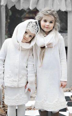 perfect winter whites - kids style //// Beautiful young girls dressed in white. Beautiful Children, Beautiful Babies, Beautiful Things, Winter Beauty, Winter Colors, Winter White, White Christmas, Cute Kids, Kids Fashion