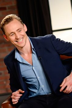 Tom Hiddleston at the Variety Studio: Actors on Actors on April 2, 2016. Full size image: http://ww4.sinaimg.cn/large/6e14d388gw1f2m1m6rzw2j22b41kgtu1.jpg Source: Torrilla, Weibo