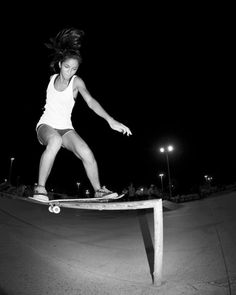 Elisa Souza - FrontSide Rockslide #surfergirl #surfgirl #surf #surfing #surfer #sk8 #sk8girl #skate #skategirl #longboard #longboarding #lobgboarder #longgirl #bike #healthy #lifestyle #cool #oldschool #fun #funny #summer #sun #sunny #beach #Longboard #Skategirls #longboardgirls #girlswholongboard #girlscanride #girlskater #surftrip #hawaii #australia #california #riodejaneiro