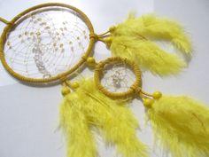 Gelber Traumfänger mit Bergkristall und Perlen von TRAUMnetz.com     ** Traumfänger  u.v.m.  ** auf DaWanda.com
