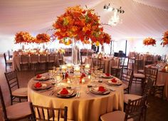 Decoração de casamento no laranja | Clássico Noivas
