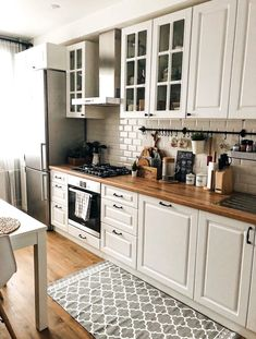 Kitchen Room Design, Home Room Design, Modern Kitchen Design, Home Decor Kitchen, Interior Design Kitchen, Home Kitchens, Galley Kitchen Design, French Kitchen Decor, Farmhouse Style Kitchen