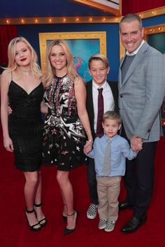 Reese Witherspoon Brings Her Adorable Family to the LA Premiere of Sing