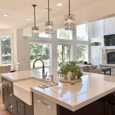 23 Perfect Color Ideas for Painting Kitchen Cabinets that will Add Personality to Your Home - The Trending House Open Kitchen And Living Room, Home Decor Kitchen, Interior Design Kitchen, Country Kitchen, New Kitchen, Kitchen Island, Black Kitchens, Home Kitchens, Rustic Kitchens