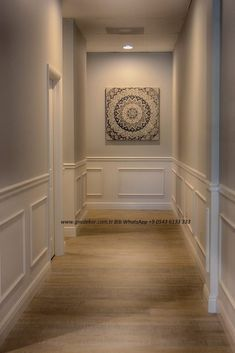Home Room Design, Home Interior Design, Living Room Designs, House Design, Home Entrance Decor, House Entrance, Home Decor, Wainscoting Styles, Dining Room Wainscoting