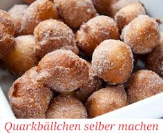 Very simple quarkballs recipe- Ganz einfaches Quarkbällchen Rezept Very simple quark balls recipe – completely without fryer. These were my first homemade donuts and they were super successful. With step-by-step instructions. Baking Recipes, Cake Recipes, Best Pancake Recipe, Thermomix Desserts, Homemade Donuts, Balls Recipe, Ciabatta, Food Cakes, Food Inspiration