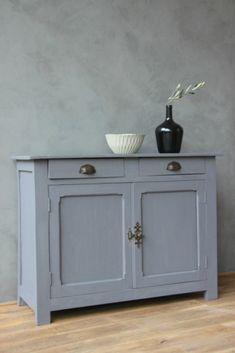 meuble bas style louis xii peint gris patin dessus peint. Black Bedroom Furniture Sets. Home Design Ideas