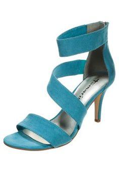 Classiques & spartiates Tamaris Sandales - turquoise turquoise: 49,95 € chez Zalando (au 25/03/15). Livraison et retours gratuits et service client gratuit au 0800 490 80.