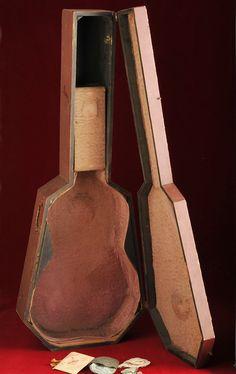 1869-1887 Martin 1-28 guitar coffin guitar case Guitar Storage, Martin Guitars, Guitar Case, Acoustic Guitars, Coffin, 19th Century, Instruments, 21st, Cases