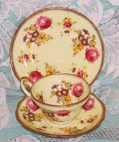 Exquisitely pretty 1940s Elijah Brain Foley bone china lemon and roses trio