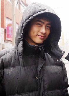 ok taecyeon 2 pm Bild Hot Korean Guys, Korean Men, Asian Actors, Korean Actors, Korean Idols, Korean Drama, Asian Boys, Asian Men, Busan