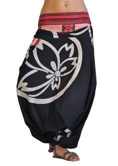 virblatt harem pants unisex Aladdin pants alternative clo... https://www.amazon.com/dp/B00J3TGW6A/ref=cm_sw_r_pi_dp_-NINxbFP6YYCX