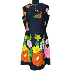 68599129973 1960s Dress Pop Art Hawaiian Flower Motif Medium - Large at rubylane.com  @rubylane