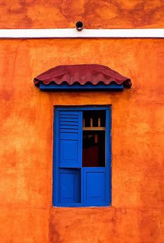 Cartagena, Colombia - Best of Wallpapers for Andriod and ios Blue Orange, Orange Color, Orange Aesthetic, Deco Design, World Of Color, Happy Colors, Belle Photo, Windows And Doors, House Colors
