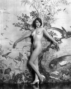 Alfred Cheney Johnston - Ziegfeld Girls - Ziegfeld Follies.