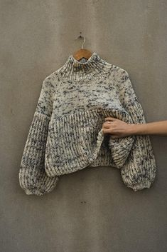 Knitting Projects, Crochet Projects, Jumper Knitting Pattern, Knitting Sweaters, Knitting Wool, Look Boho, Diy Couture, Knit Fashion, Knit Patterns