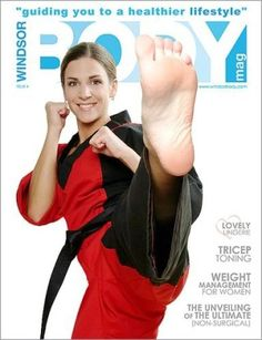 "Pin from ""Haroon"" : Front Kick! Female Martial Artists, Martial Arts Women, Mixed Martial Arts, Taekwondo, Girl Soles, Karate Kick, Self Defense Techniques, Barefoot Girls, Tough Girl"