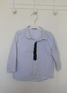 À vendre sur #vintedfrance ! http://www.vinted.fr/mode-enfants/chemises-and-t-shirts-chemises-manches-longues/33884101-chemise-blanche-rayee-noire