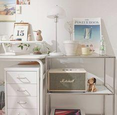 Room Design Bedroom, Bedroom Decor, Desk Organisation Student, System Wallpaper, Dream Desk, Room Setup, Aesthetic Room Decor, New Room, Bathroom Inspiration