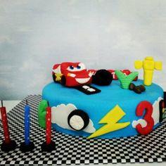 #pasta #cake #happy #sweet #smile #disney #cars #mcqueen #şimşek #flavor #candy #yummy #doğumgünü #happybirthday