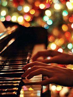♥playing the piano Piano Photography, Tumblr Photography, Piano Art, Piano Music, Music Love, Music Is Life, Inspirational Music, Christmas Aesthetic, Music Aesthetic