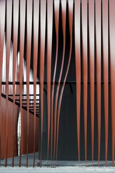 Steel ribbons Nebuta-no-ie Warasse Aomori, Japan Molo, d/dt, Fraink La Riviere Architects - 2010