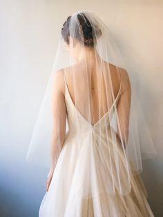 Eris veil– Carol Hannah - simple gathered fingertip length short veil in tulle Simple Wedding Veil, Simple Veil, Wedding Dress With Veil, Dream Wedding Dresses, Short Wedding Veils, Cozy Wedding, Wedding Hair, Bridal Hair, Short Veil