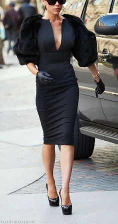 Now this is fashion....Thank you Mrs. Beckham. #now